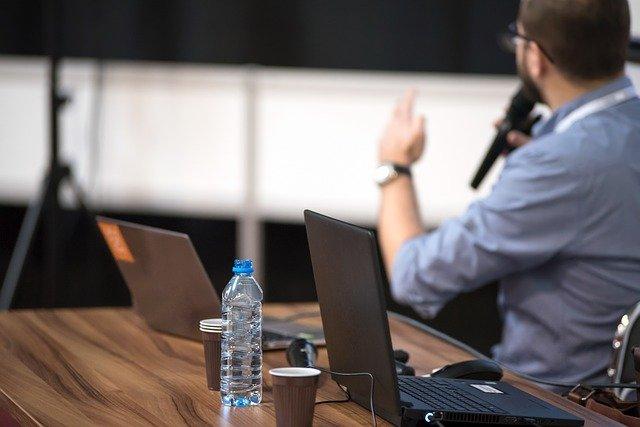 Pourquoi avez-vous besoin du community manager (CM) dans votre entreprise ?